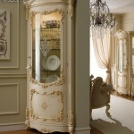 Harga Lemari Hias Kaca Mewah Luxury Carving Dalmata New Version Series MMJ-0753